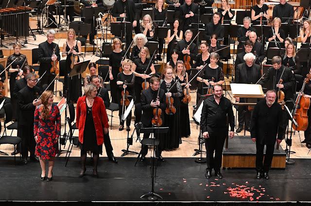 Frances-Hoad: Last Man Standing - Cheryl Frances-Hoad, Tamsin Collison, Marcus Farnsworth, Martyn Brabbins, BBC Symphony Orchestra - Barbican Hall ( BBC/Mark Allan)
