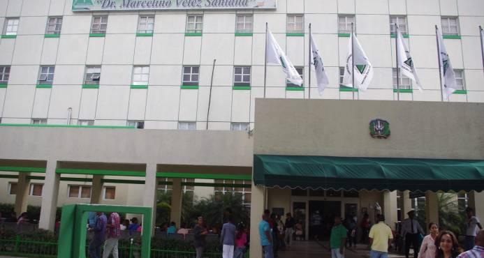 Evacuan pacientes de Cuidados Intensivos en hospital Marcelino Vélez
