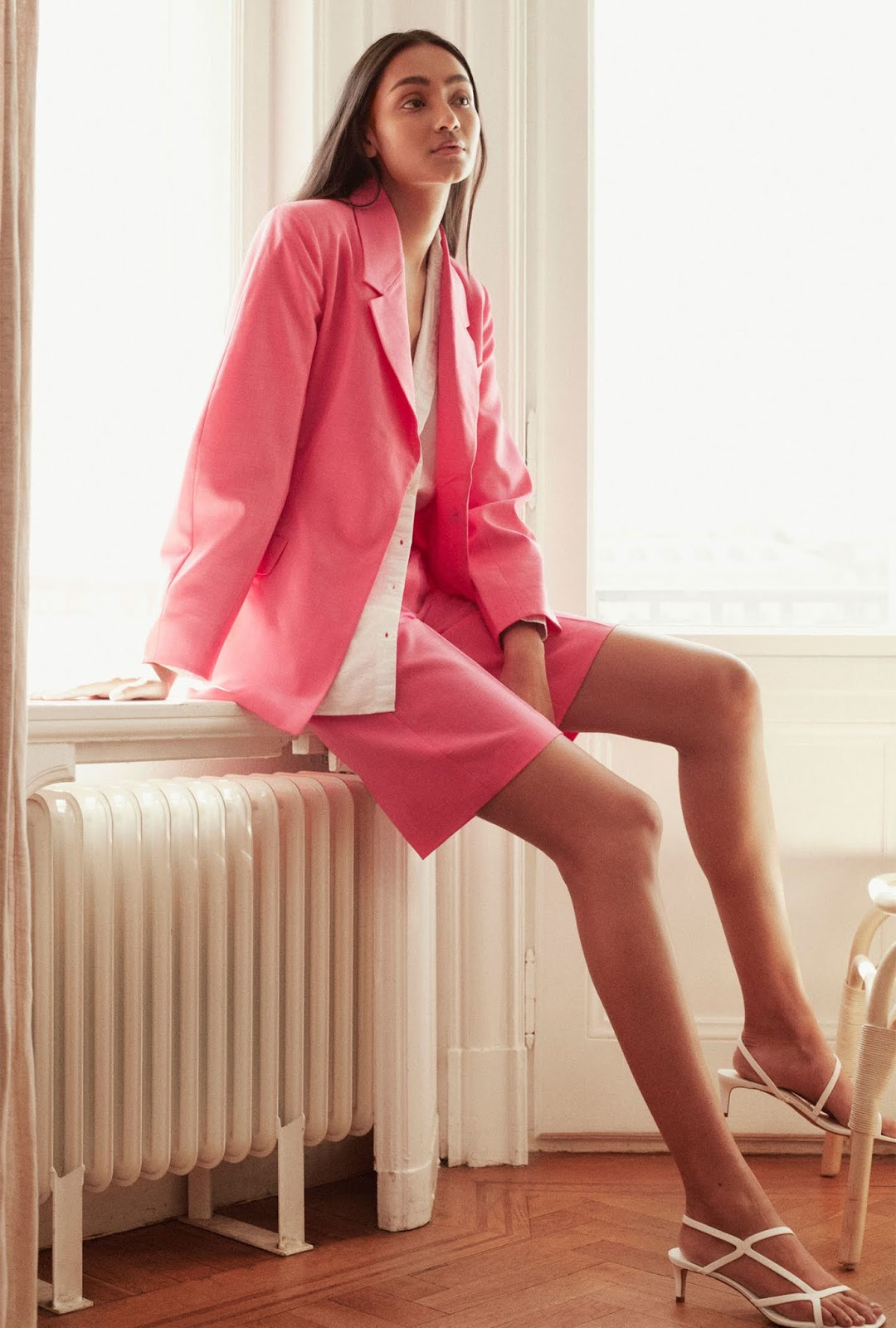 4 Budget-Friendly Summer Outfit Ideas —  Shorts Suit With a Pink Blazer and Pink Shorts