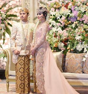 Gaun Pengantin Kebaya Batik 2017