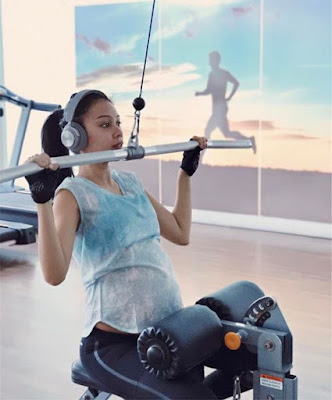 Gambar Terkini Sharifah Sakinah Sedang Sarat Mengandung Tapi Aktif Di Gym