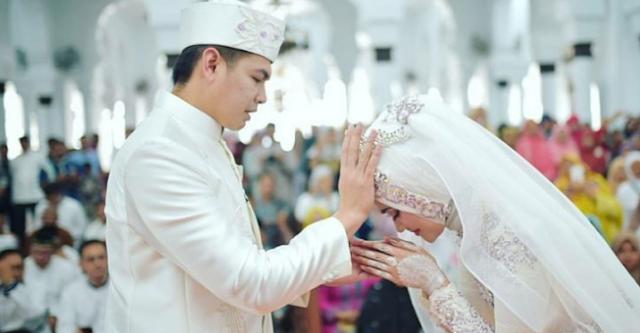 4 Hikmah Menikah Dalam Islam