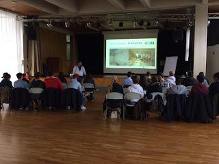 Michael Christmann hält Vortrag über Stuckateur in Bonns Fuenfter