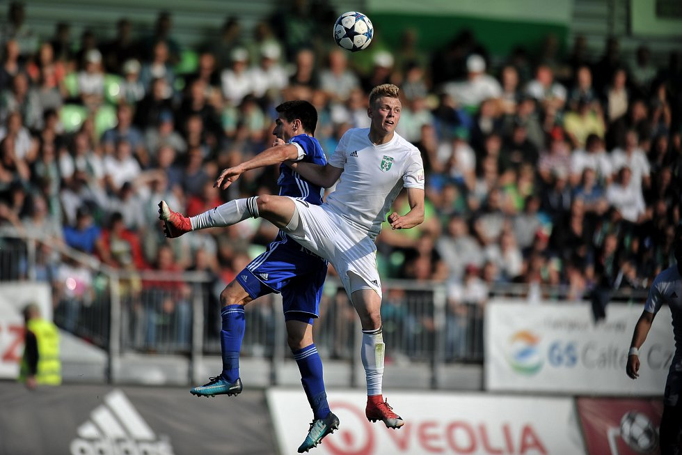 Fotbal Slavia Pinterest: Futebol Style