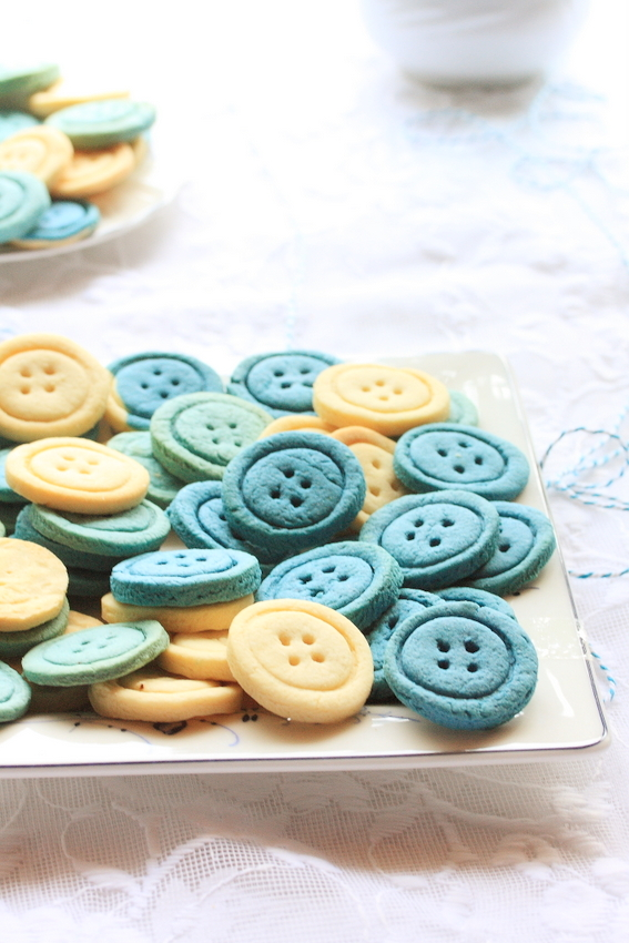 Baby Shower Carrot Cake And Button Cookies A Pinch Of Love