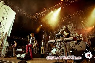 Bongo Botrako salieron a darlo todo en el escenario Kermarrec del Festival du Bout du Monde.