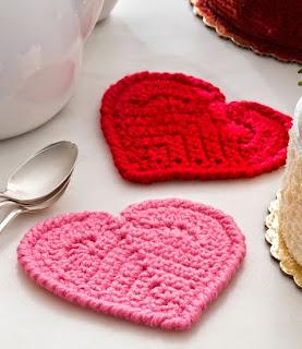 http://translate.googleusercontent.com/translate_c?depth=1&hl=es&rurl=translate.google.es&sl=en&tl=es&u=http://www.bestfreecrochet.com/2015/01/27/free-valentine-heart-coaster-crochet-pattern-from-redheart-com/&usg=ALkJrhjkzc5YYwJgEypVGxyHrKbaZDFniw