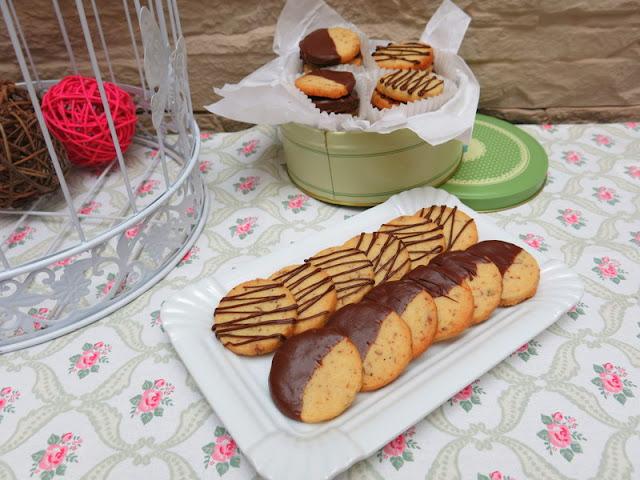 GALLETAS DE VAINILLA, PECANAS Y CHOCOLATE