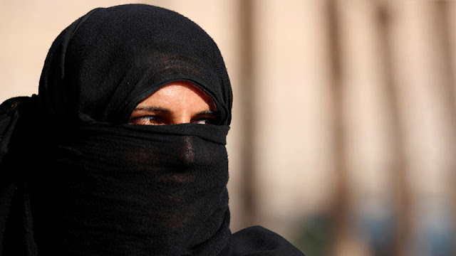 """Francia condena a 10 años de prisión a la """"abuelita yihadista"""""""