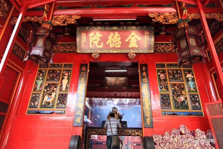 kelenteng jin de yuan jakarta