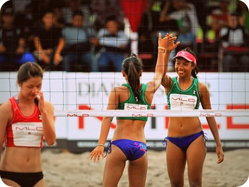 Tim Putri Papua dan Yogyakarta Sabet Juara I Voli Pantai Nasional