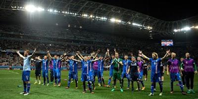 Ekspresi Kegembiraan Pemain Islandia Setelah Menang Atas Inggris