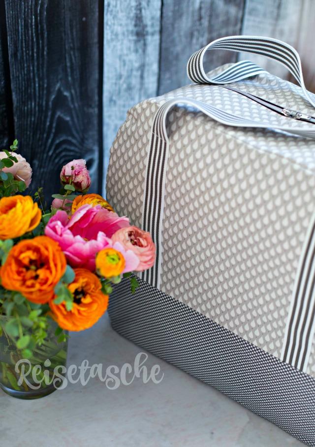Reisetasche mit Tropfendesign Farbenmix Taschespieler frühstück bei emma