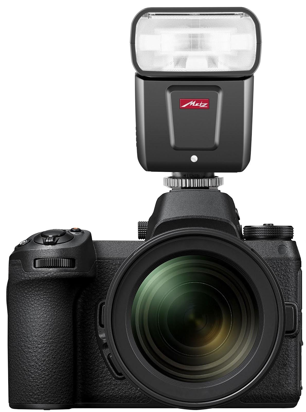 Вспышка Metz Mecablitz M360 с камерой