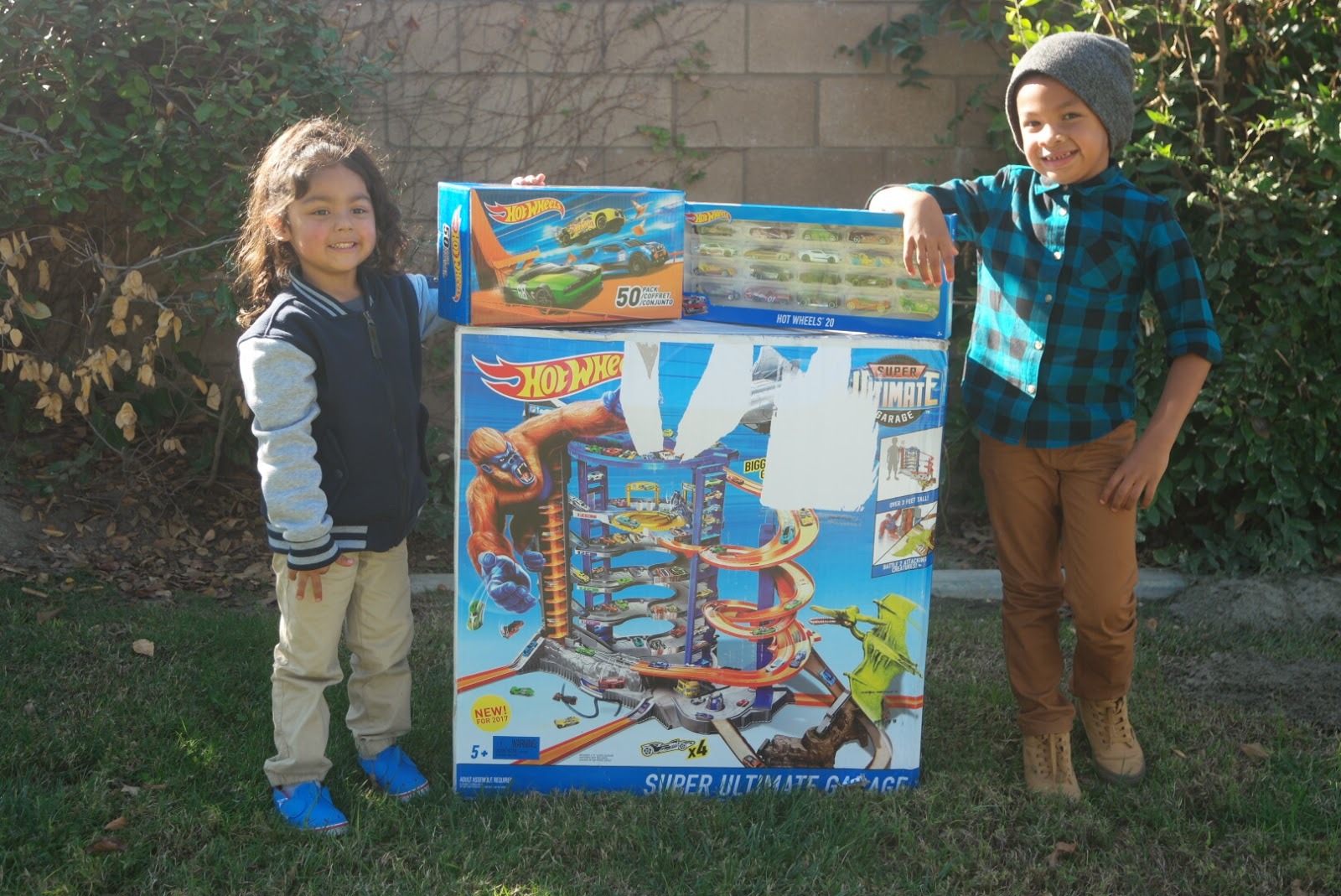 The Ultimate Gift For The Hot Wheels Fan Hot Wheels Super Ultimate