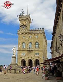 San Marino - Piazza della Libertà
