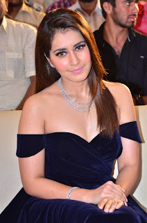 Raashi Khanna at avakusa audio launch 18.jpg