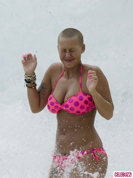 Stars Without Makeup Amber Rose