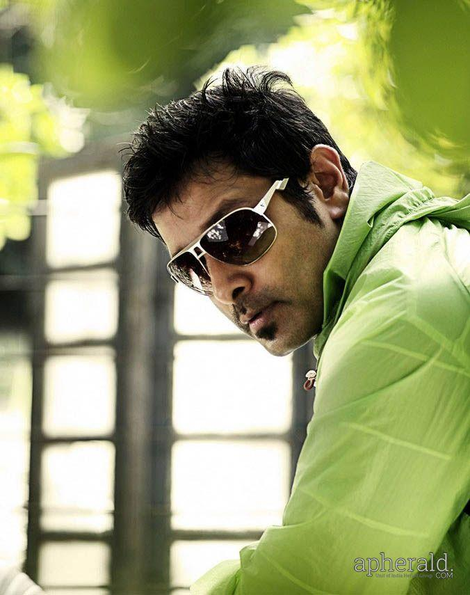 Top South Indian Superstar Chiyaan Vikram 4k HD Wallpapers ...