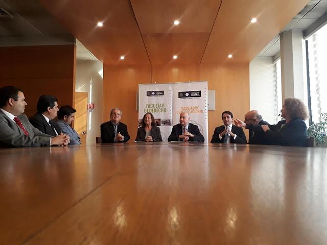 Colegio de Periodistas firma convenio de colaboración con la Universidad Central