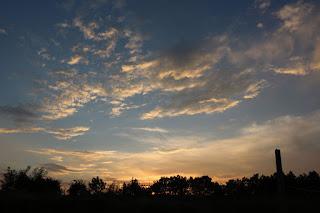 Gorgeous sky as the sun goes away