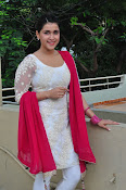 mannara chopra beautiful photos-thumbnail-7