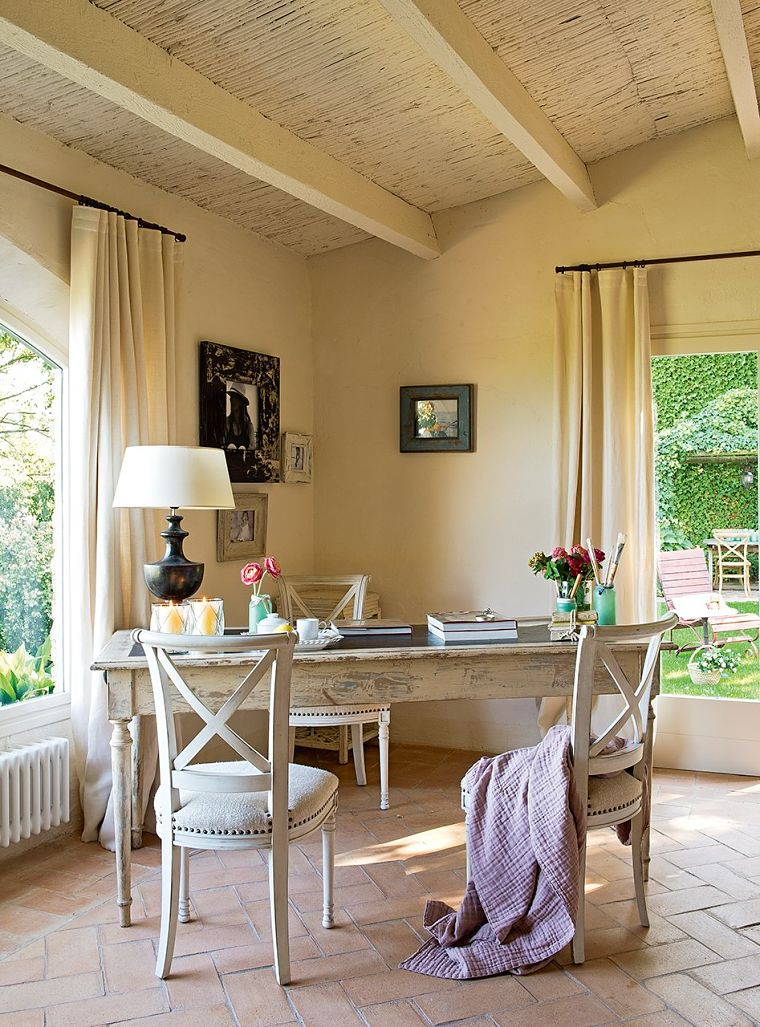 PUNTXET Un antiguo pajar rehabilitado con estilo provenzal #salón