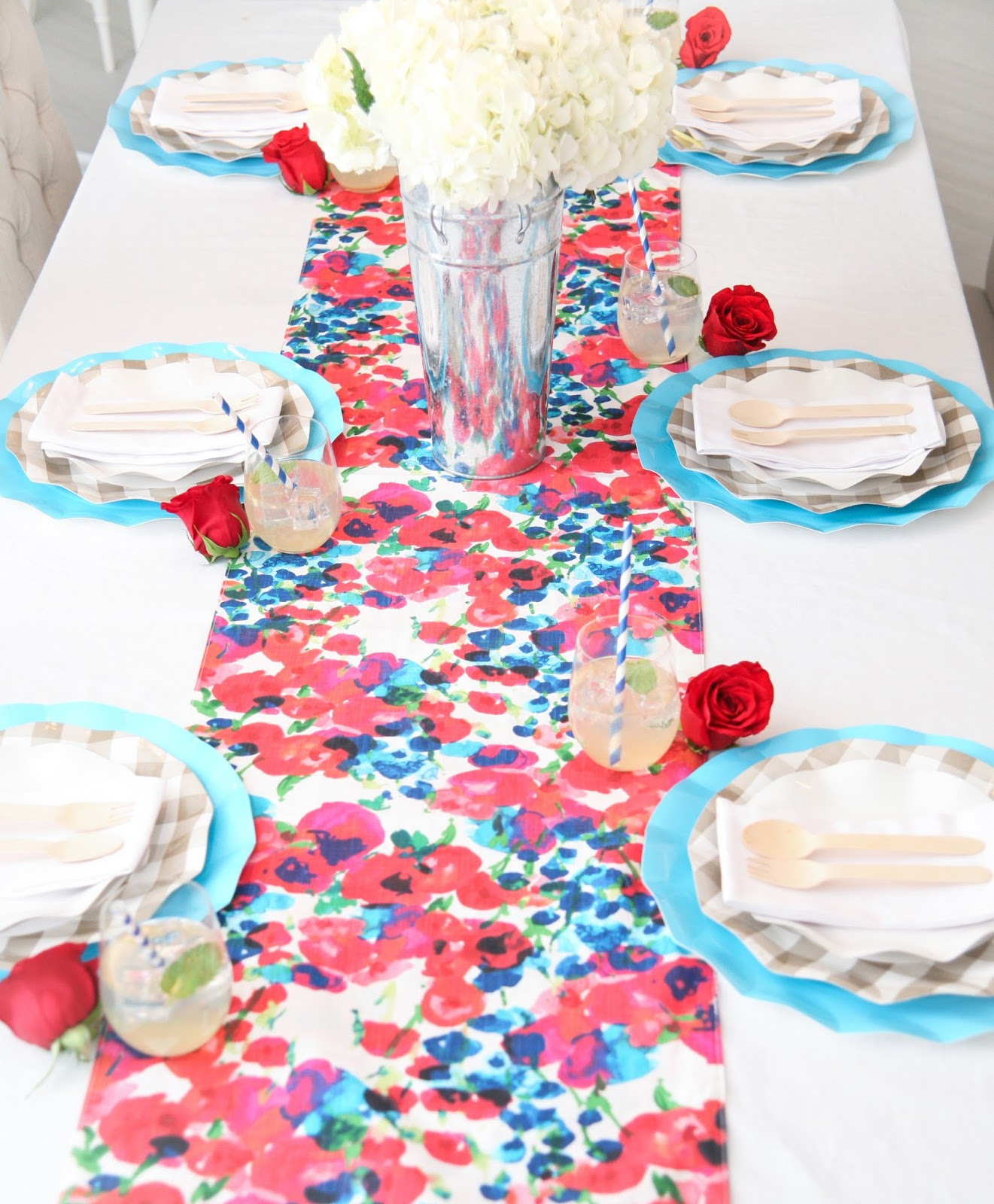 Kentucky Derby Table Decorations by popular South Florida party blogger Celebration Stylist