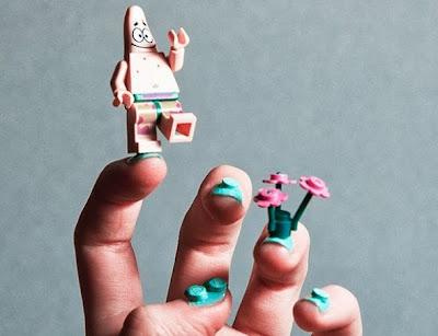Cara Unik Menghias Kuku dengan Potongan Lego