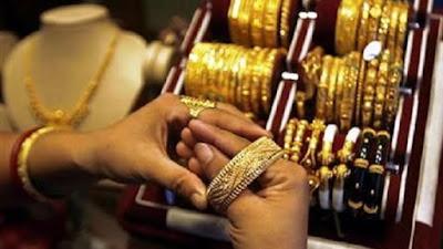 ارتفاع مبيعات الذهب, الخبراء يتوقعون المزيد من الانخفاض فى سعره,