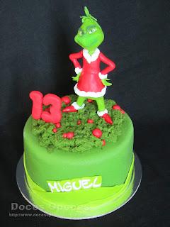 cake grinch christmas