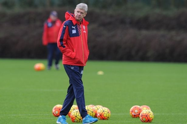 Wenger describes rumour of new Arsenal deal as 'absolutely false'