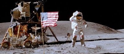 Νμίτρι Ρογκόζιν: «Θα εξακριβώσουμε εάν οι ΗΠΑ πήγαν στη Σελήνη ή όχι»