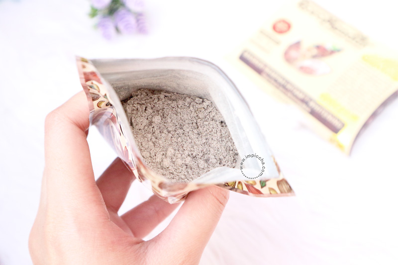 Texture and Smell Masker Rempah Hitam Whitening
