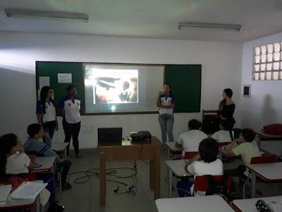 Alunos de Sairé recebem palestras sobre violência sexual
