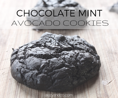 This one-bowl cookie includes healthy fats from avocado and has a great chocolate peppermint flavor. | suzyandco.com