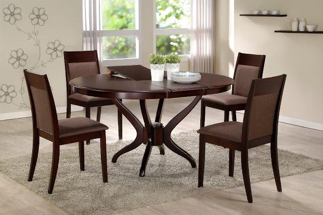 Стол и стулья для кухни фото