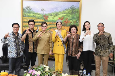 Putri Indonesia LH 2019 Jolene Rotinsulu Bahas Isu Lingkungan Bersama Bupati Tetty Paruntu