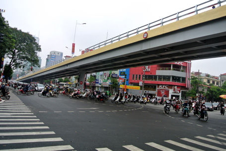 Điều chỉnh lại quy hoạch hai bên đường Lê Văn Lương