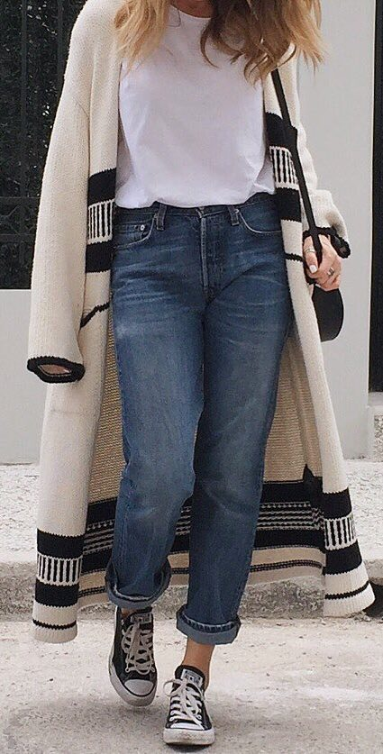 casual outfit idea : long cardigan + jeans + converse + t-shirt + bag