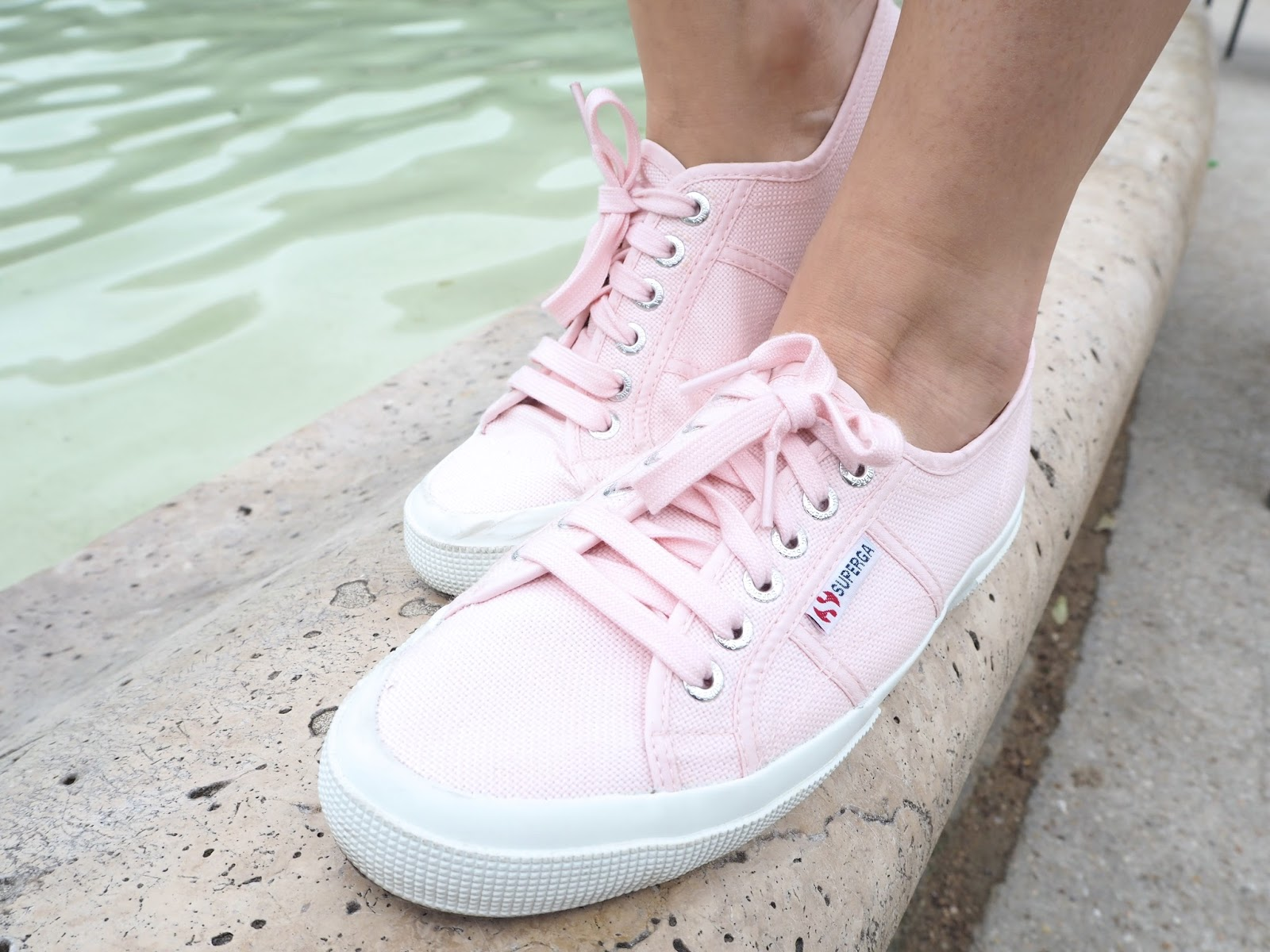 superga rose