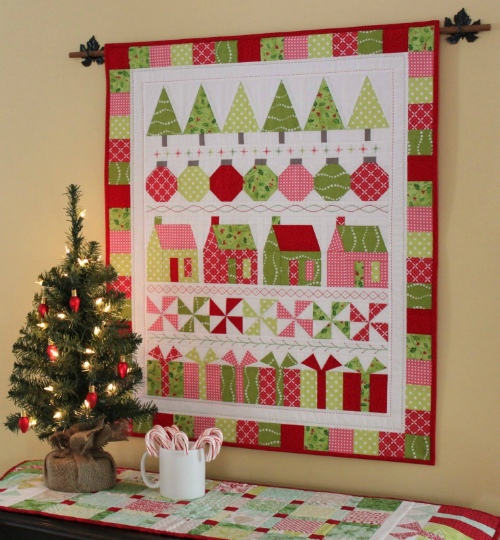 A Charming Holiday Row Quilt for Your Wall - Free Pattern