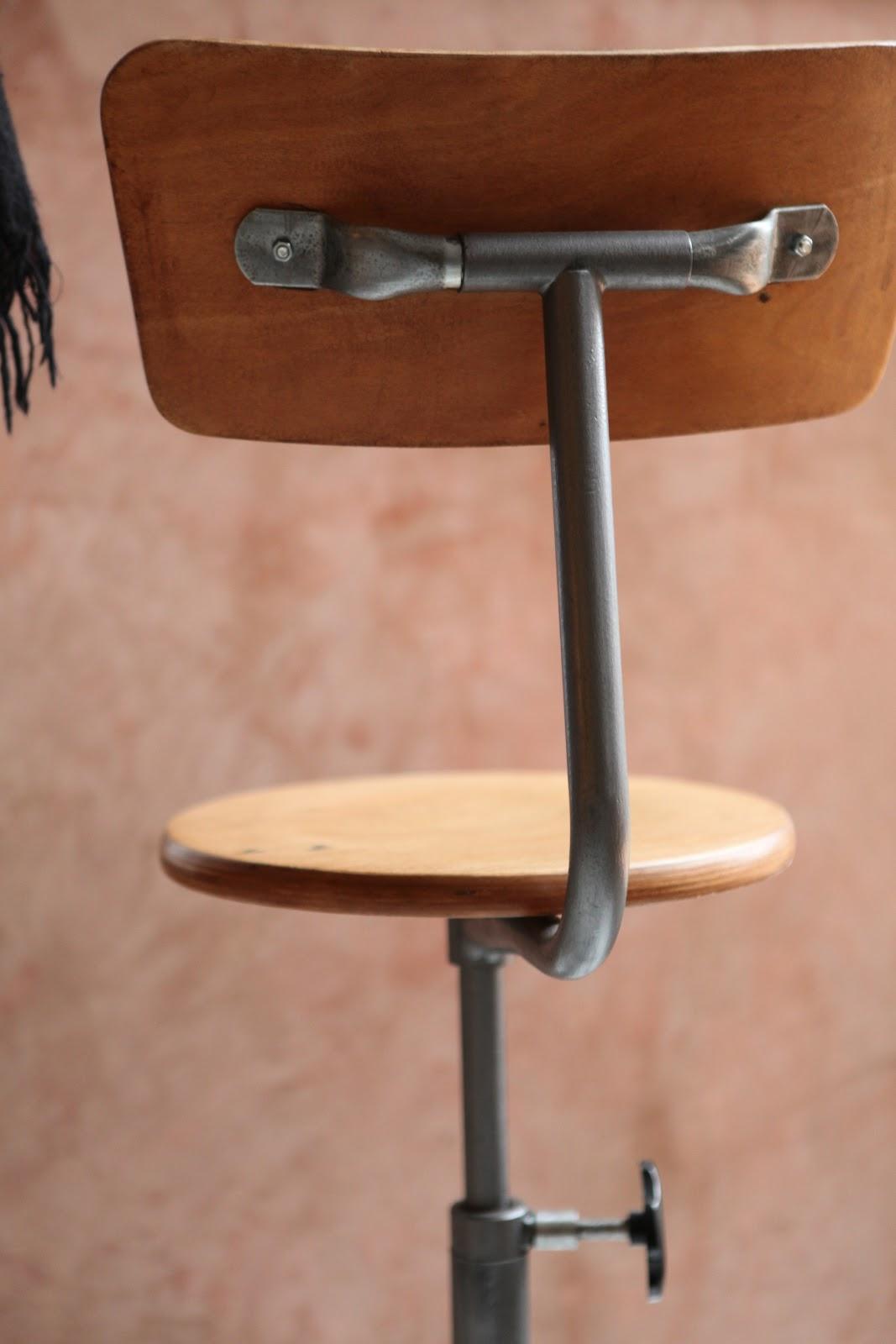 c 39 est la re cr ation vintage scolaire vintage coup de c ur chaise d 39 architecte 50 39 60 39. Black Bedroom Furniture Sets. Home Design Ideas