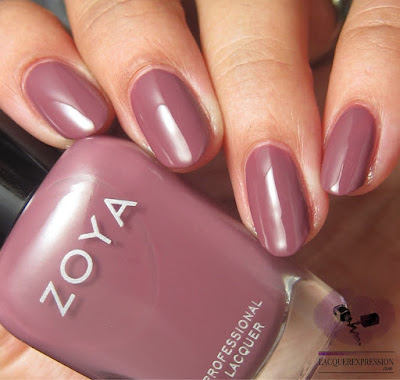 nail polish swatch of Zoya Joni from the fall 2017 Sophisticate collection