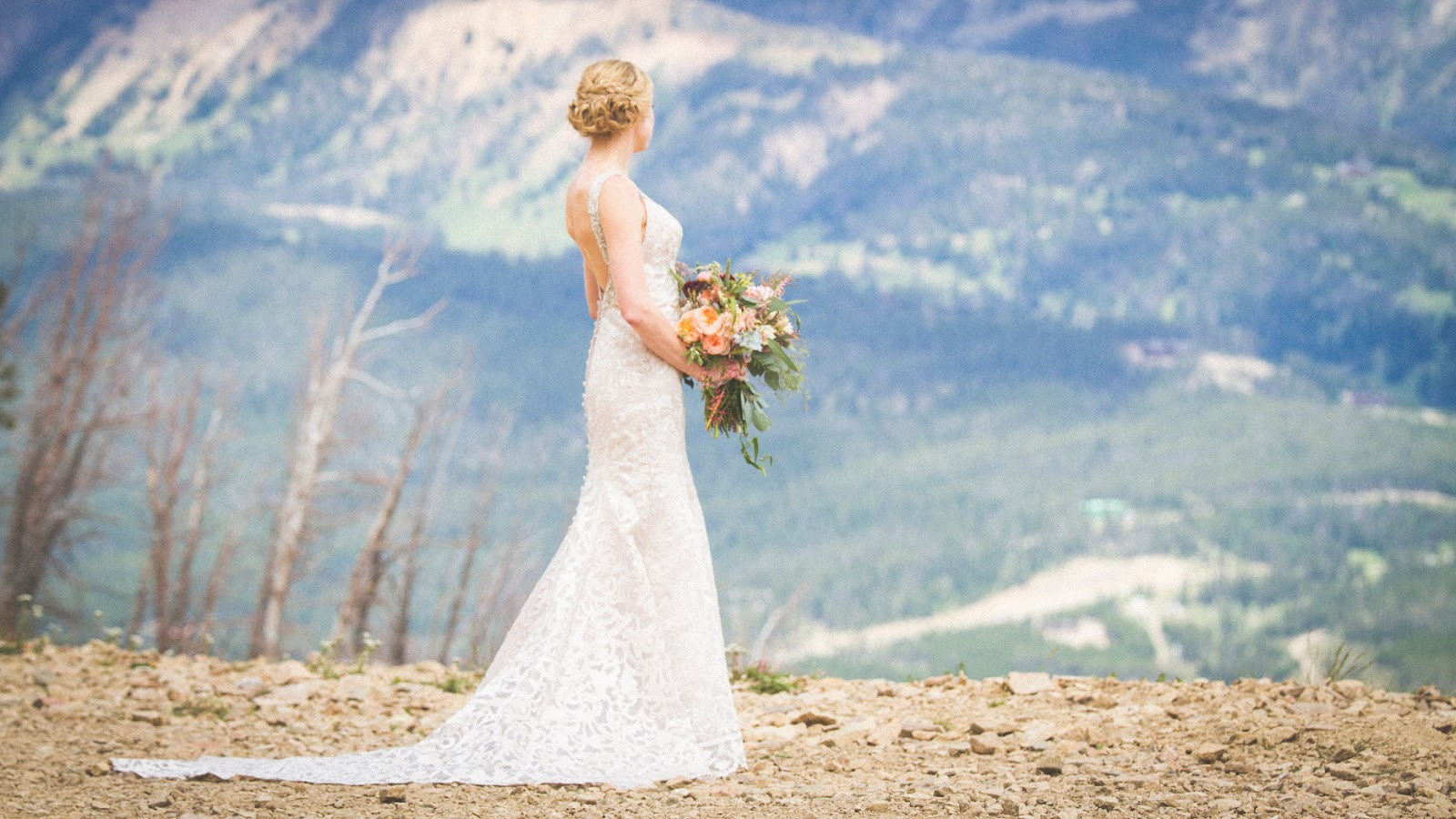 Montana Wedding / Eye in the Sky Photography / Big Sky Resort / Flowers: Katalin Green / Dress: Allure Bridals