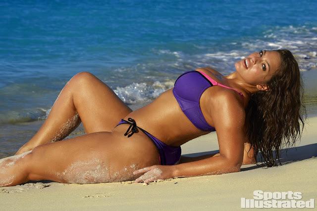 Ashley Graham – Sports Illustrated Swimsuit Edition
