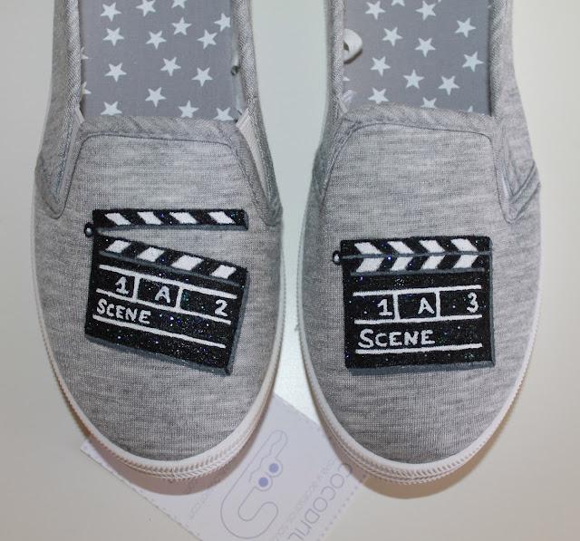 zapatillas pintadas cine claquetas