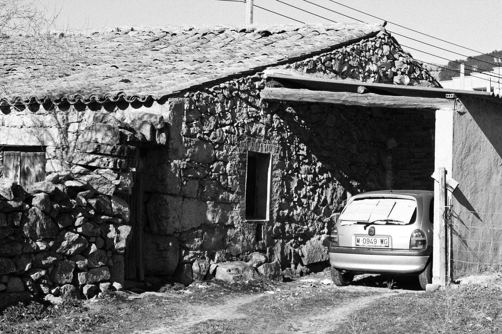 Aparcamiento, El Barraco, Avila 2013