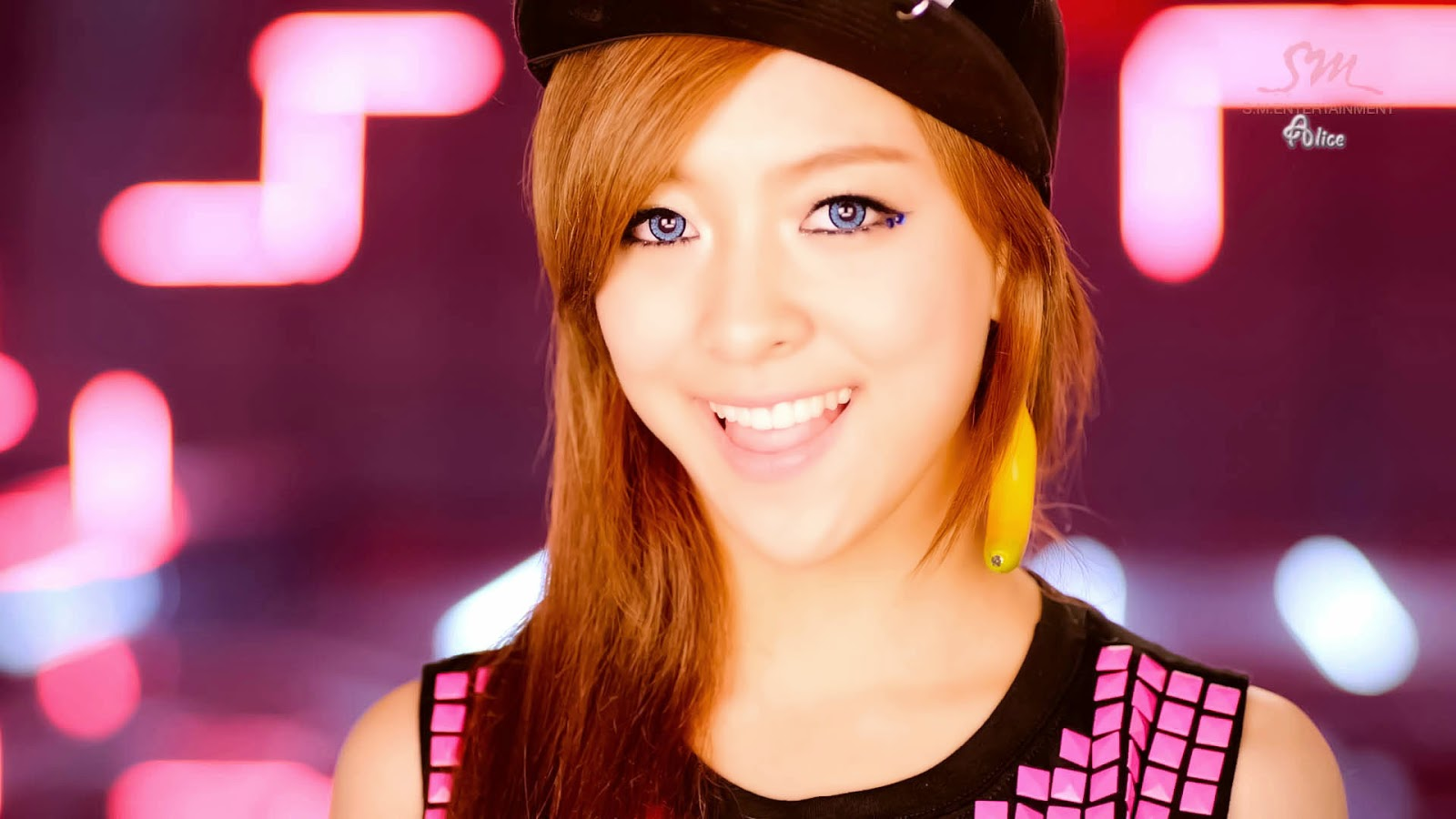 f(x) - Tiny Kpop Idol Profile F(x) Luna Electric Shock