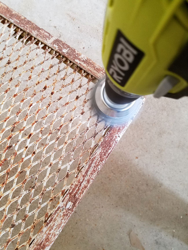 How To Remove Rust From Patio How To Get Rust Of Lawn Chairs Patio Furniture Rust Concrete